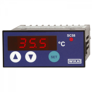 Type SC58 - Temperature controller with digital indicator  Panel design